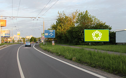 Pardubice - ulice Poděbradská, u Baumaxu