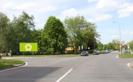 Pardubice - ulice K Polabinám, u polikliniky