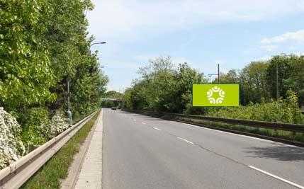 Pardubice - ulice Kpt. Jaroše, před mostem