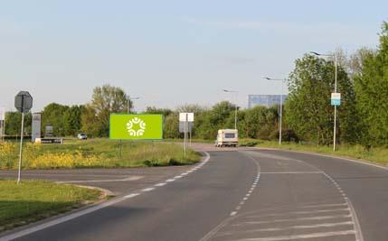 Pardubice - ulice Hradecká, před areálem Fáblovka