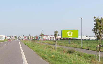 Pardubice - ulice Chrudimská, čtvrtý za kruhovým objezdem