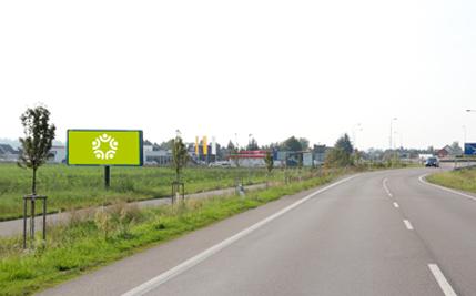 Pardubice - ulice Chrudimská, třetí před kruhovým objezdem